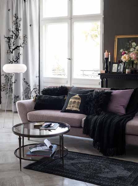 roze in huis 4